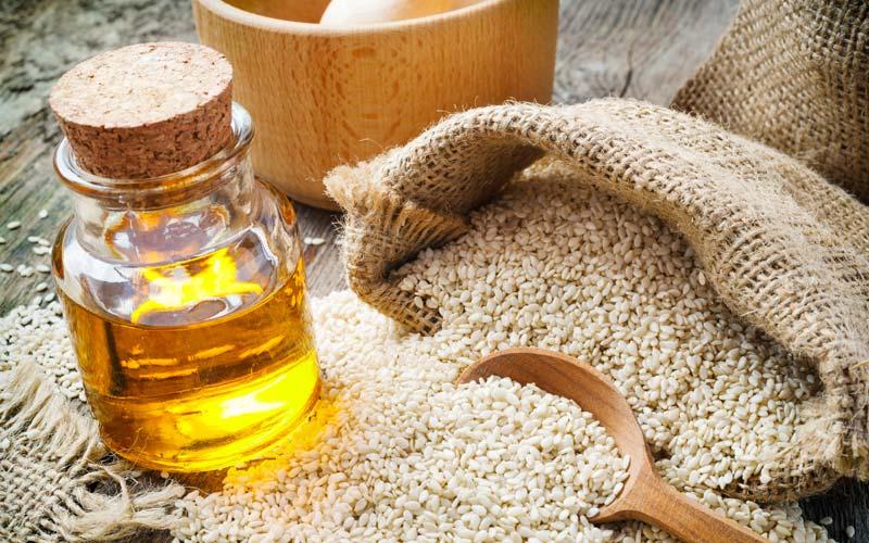 sesame-oil-for-dandruff-and